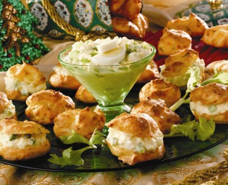 Cheese Puffs with Crabmeat Filling