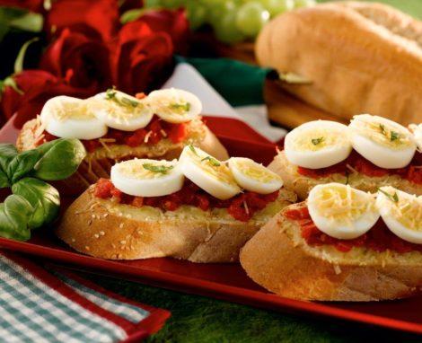 Italian Bruschetta – Egg Twist