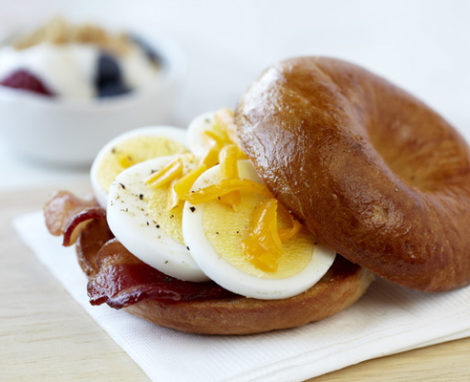 Microwave Egg, Bacon, & Cheddar Bagel