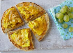 Microwave-Breakfast-Flatbread-Pizza-NC Egg