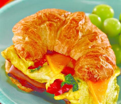 Omelet Croissants